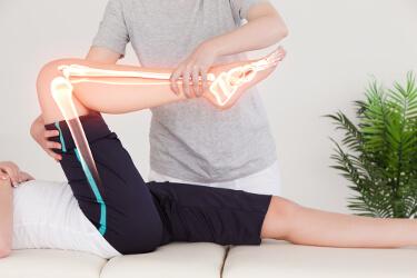 Knorpelschaden im Knie Physiotherapie