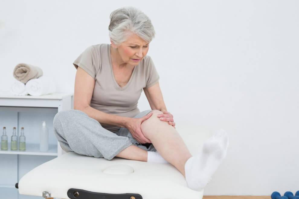 Gelenkschmerzen am ganzen Körper können verschiedene Ursachen haben